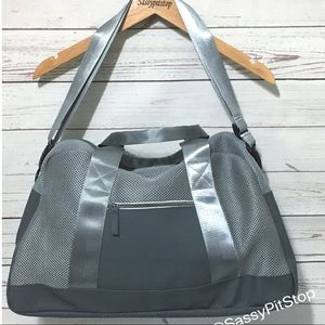 DSW Gray Silver Mesh Duffle Travel Gym Large Bag